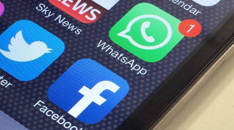 WhatsApp sharing your data with Facebook- Here you can stop it