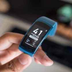 Samsung Plans to Launch new Gear Fit Pro Fitness Tracker like Gear Fit 2