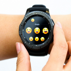 Latest News: Chat on the Samsung Gear S3